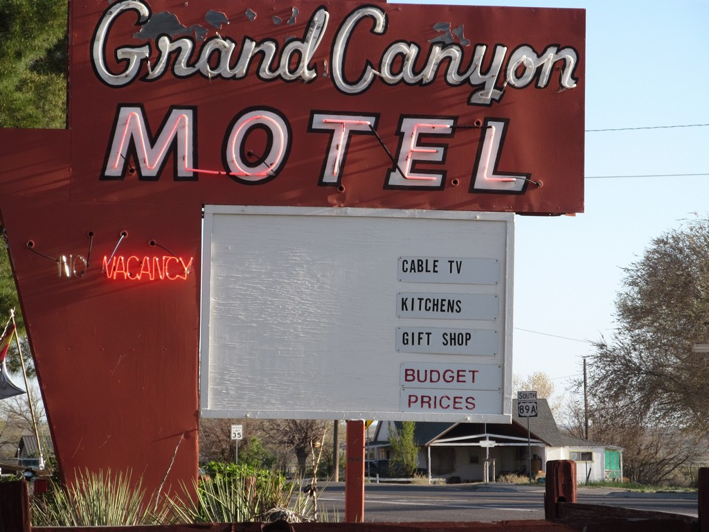 Grand Canyon Motel & hostel Fredonia, Arizona (photo by Pam)